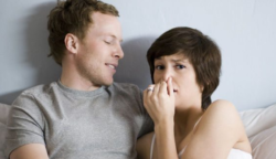 Azok a párok, akik egymás előtt nem szégyellnek szellenteni, nagyobb eséllyel maradnak életük végéig együtt!