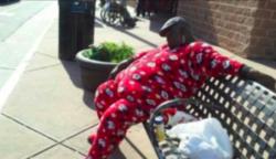 14 illető, aki fittyet hányva a szabályokra, bárhol bármikor képes elaludni