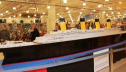 Íme a világ legnagyobb LEGO-Titanicja, amit egy autista kisfiú épített 56 ezer darab kockából