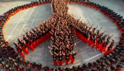 1500 elítélt elképesztő tánca a börtönben! Brutális, amit összehoztak!