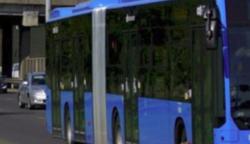 Egy 24 éves buszsofőr, akit mindenki túl szépnek tart ahhoz, hogy ezt a munkát csinálja